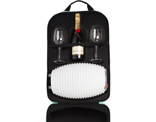 the-bag-nikki-amsterdam-travel-bag-the-lampion-wine-glasses-bottle